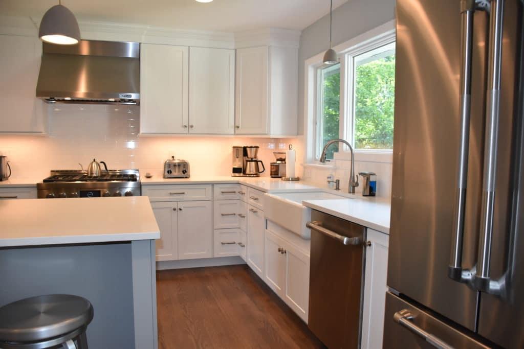 Farm Sink White Kitchen Cabinets